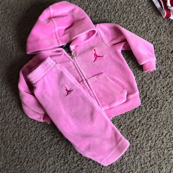 size 40 6bc04 37b77 Baby Girls Jordan Outfit Size 18 Months